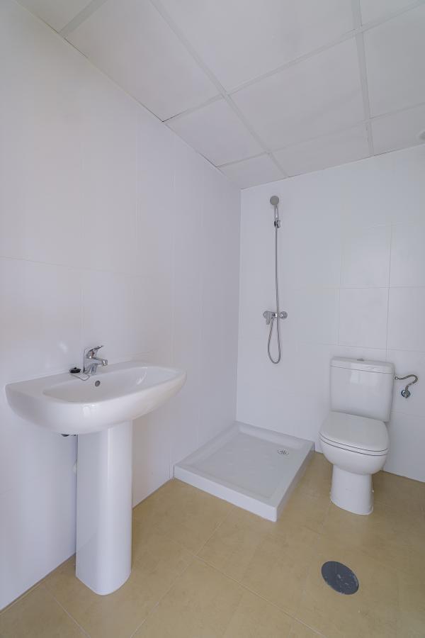 11-05-2021_Bathroom.jpg